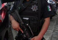 Policías municipales de Villa de Álvarez dan muerte a sujeto que lesionó con cuchillo a un elemento