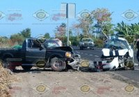 Tres hombres lesionados tras fuerte accidente rumbo a Cerro de Ortega, en Tecomán