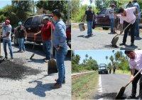 Ayuntamiento de Armería continua realizando bacheo