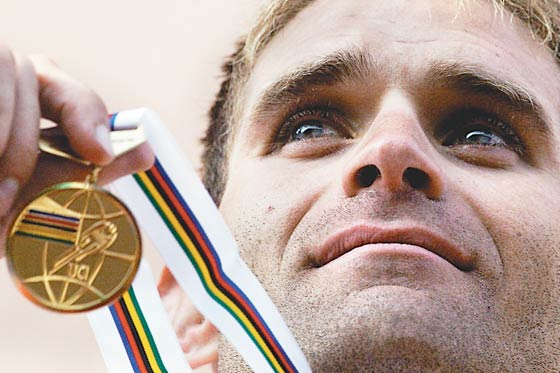 Santiago Botero, el primer colombiano campeón del mundo en contrarreloj.