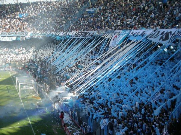 El ambiente de los partidos en Argentina va más allá de la pasión. Casi es una religión.