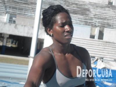 Yarisley Silva_Entrena_La Habana_2015_DeprCuba (13)