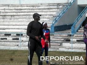Yoelbi Quesada aporta su granito de arena para el atletismo cubano