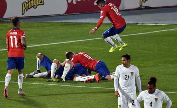 Chile dio espectáculo ante Bolivia y clasificó como el mejor de su grupo en Copa América