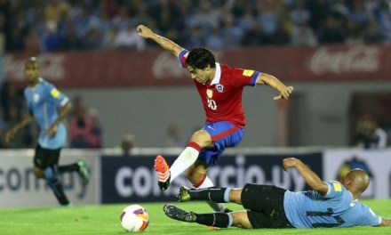 Uruguay se toma revancha y le quita el invicto a La Roja en las clasificatorias
