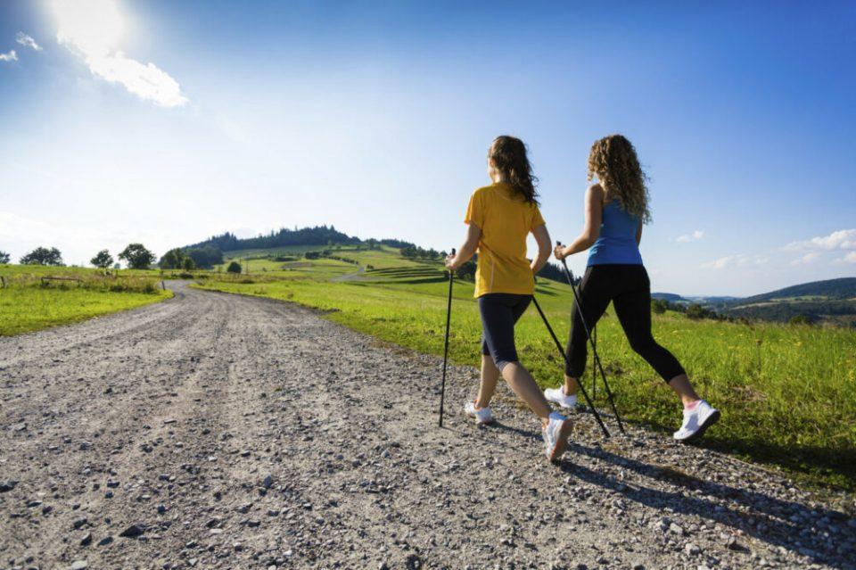 motivos para comenzar a andar rápido como parte de tu rutina de ejercicios
