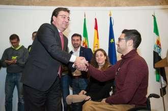 01 El presidente de la Junta de Extremadura recibe a los deportistas extremeño