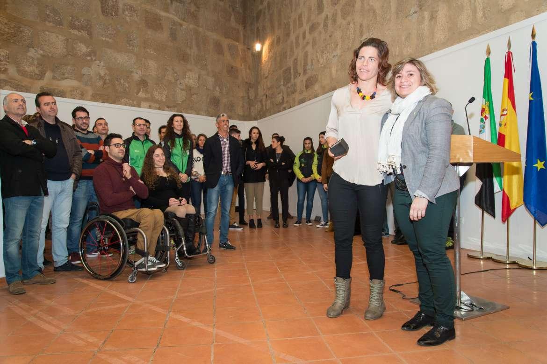 05 El presidente de la Junta de Extremadura recibe a los deportistas extremeño