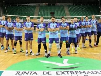 Derrota del Electrocash Cáceres Patrimonio de la Humanidad a domicilio ante el Club Voleibol Teruel por 3-0