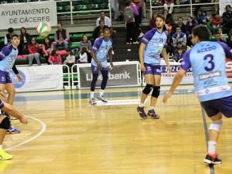 El Electrocash Extremadura recibe al equipo soriano Rio Duero San José
