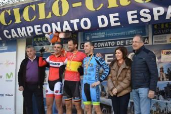19 Carlos Luengo