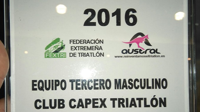 Capex recibió un premio por el tercer puesto conseguido en la liga FEXTRI 2016