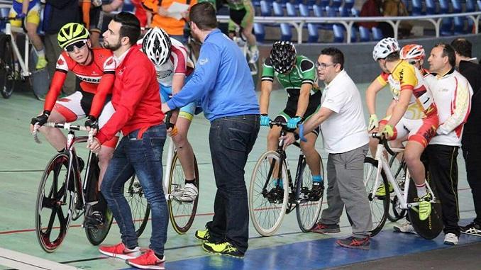 El Extremadura Bio Racer becará al ciclista Javier Segundo Gordillo Pina