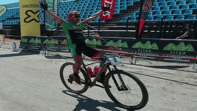 Alberto Trujillo se proclama vencedor final del circuito Titán Extremadura Tour XCM 2017 en Jaraíz de la Vera