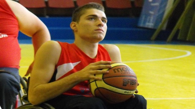 El Mideba Extremadura incorpora al joven lituano Erikas Siaurusaitis