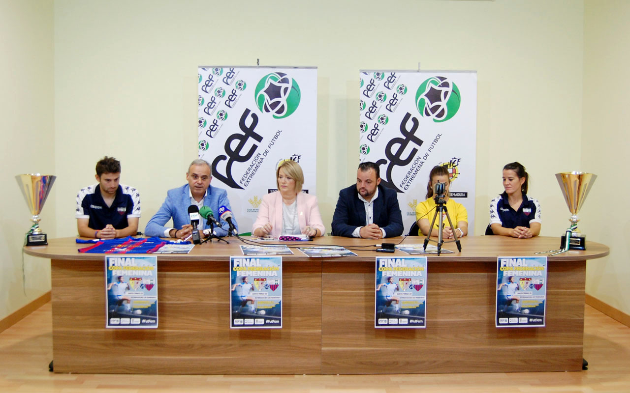 El Francisco de la Hera recibe la Final de Copa Femenina (3)