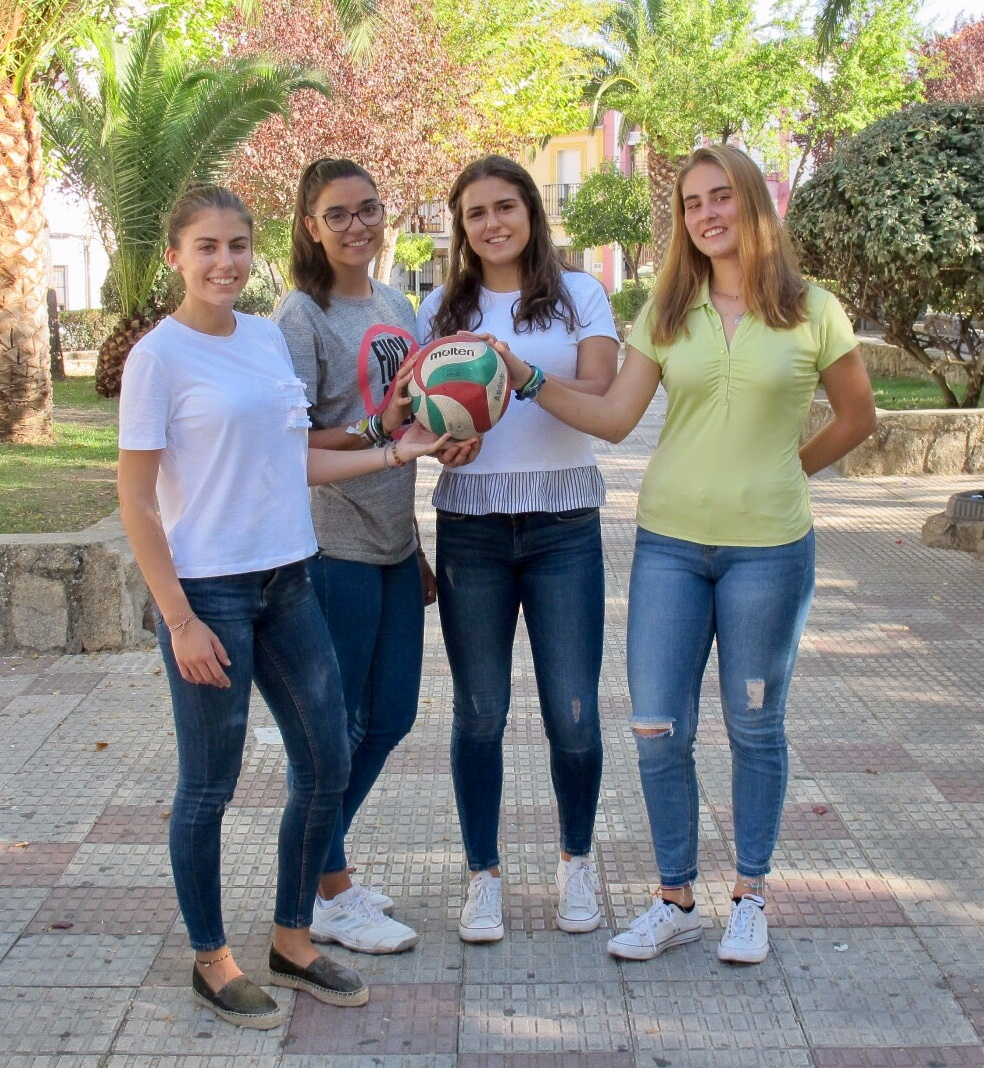 El desembarco de las aspirantes a princesas del Extremadura Arroyo