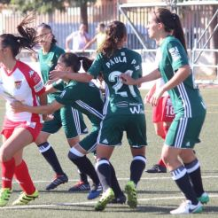 Los minutos iniciales pasan factura al Santa Teresa Badajoz ante el Betis 1-2 (2)