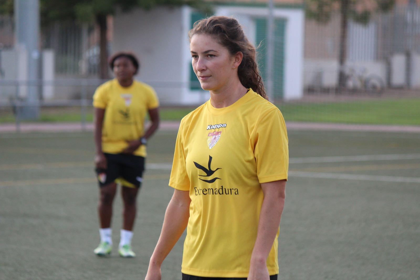 Mariana Diaz Santa Teresa 2