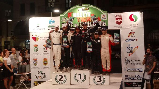 Cohete Suárez se lleva la victoria en el VIII Rallye de Tierra Norte de Extremadura