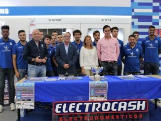 Presentación del equipo y Triunfo en el Trofeo Cáceres Patrimonio de la Humanidad