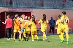 El Santa Teresa Badajoz cree y vence en Sevilla con dos goles de Estefa 1-2 (2)