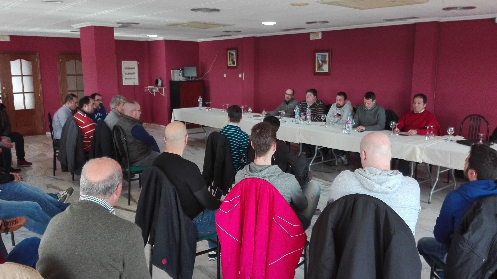 La FEXA se reunió con deportistas y organizadores