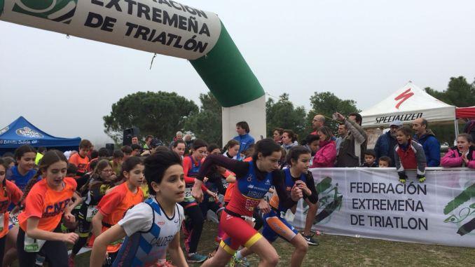 Don Benito muestra el potencial de los jóvenes duatletas extremeños en el Triatlón Divertido Judex Menores 2018
