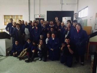 Doble visita de los jugadores del Cáceres a Novaforma