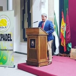 """El Club de Tenis Cabezarrubia reconocido como mejor """"Club de Pádel de Extremadura"""" (7)"""