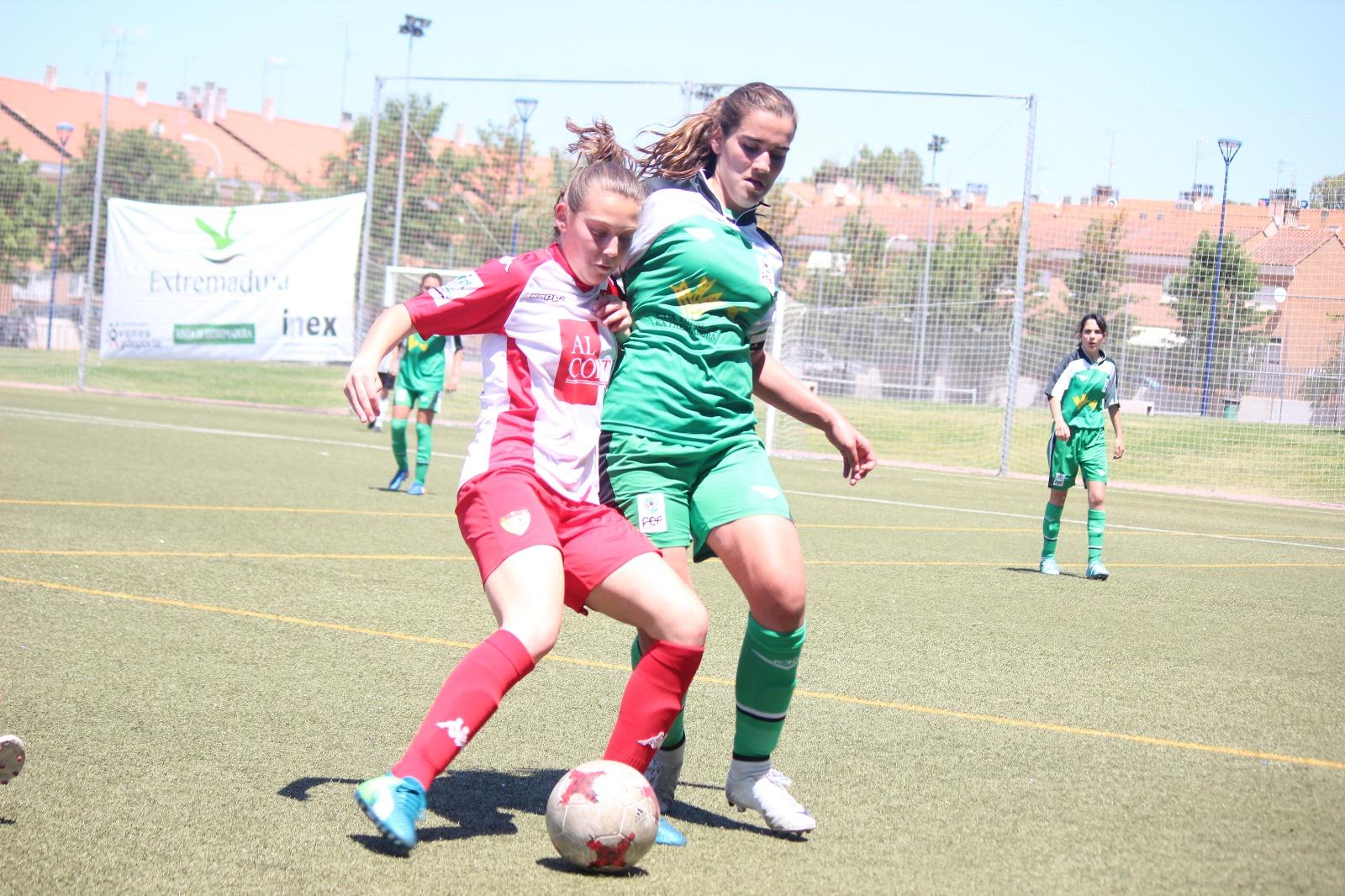 El Santa Teresa Badajoz alza por primera vez la Women's Cup Ciudad de Badajoz (1)