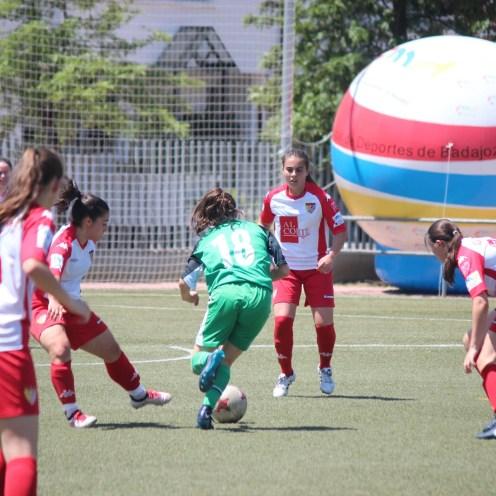 El Santa Teresa Badajoz alza por primera vez la Women's Cup Ciudad de Badajoz (3)