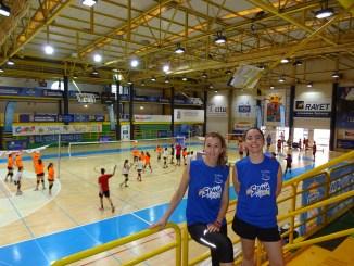 Judith Pérez y Carmen Castaño, en el cuerpo técnico de la Española para formar a los más pequeños