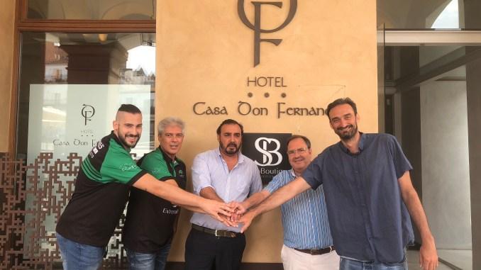 El Cáceres cierra su plantilla en el Hotel Soho Boutique Casa Don Fernando