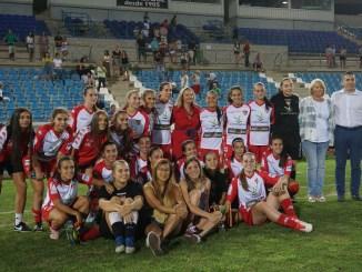 El Sevilla FC se impone en el VIII Memorial Félix Salazar de presentación