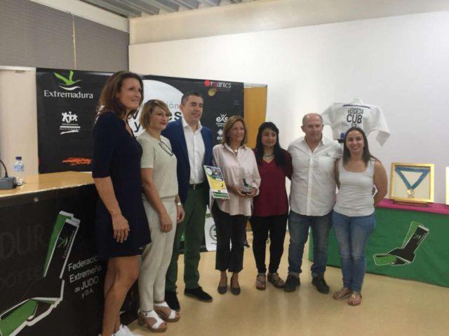 El director general de Deportes Manuel Hernández inaugura el I Encuentro Internacional de Extremadura Judo Femenino