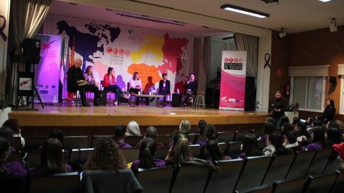 Elena Ayuso, presente en la inauguración del curso Promoción de la Igualdad de Género en el IES Bárbara de Braganza