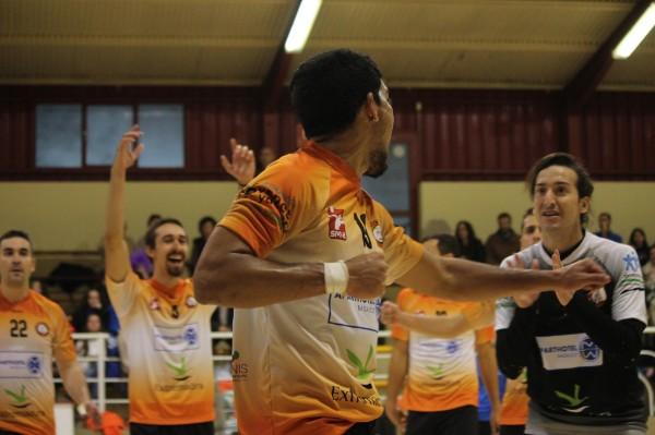 Cuarta victoria consecutiva para el Extremadura Aparthotel MM Badajoz