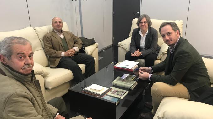 El sector de la caza y la consejera de Cultura e Igualdad avanzan en el proceso de declaración de la montería y la rehala como Bien de Interés Cultural