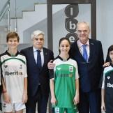 La Federación Extremeña de Fútbol y la empresa de alimentación extremeña suscriben un acuerdo de patrocinio integral para todas las competiciones de fútbol femenino extremeño (1)