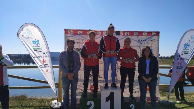 El Piragüismo Extremeño celebró en el Embalse de Proserpina el XXX Campeonato de Extremadura de Invierno