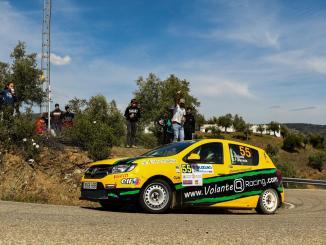 Quijada y Cuni Fernández primeros líderes de la Dacia Sandero tras Sierra Morena