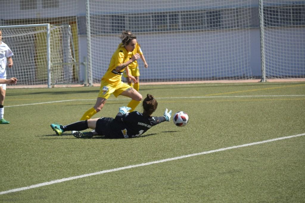 Goleada del Liberbank Santa Teresa Badajoz en el último derbi de la temporada
