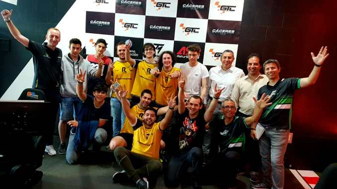 Las carreras virtuales deslumbraron en Cáceres en la primera prueba oficial del Campeonato regional de Simracing