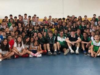 Corrales visita el Campus del San Antonio Cáceres Basket