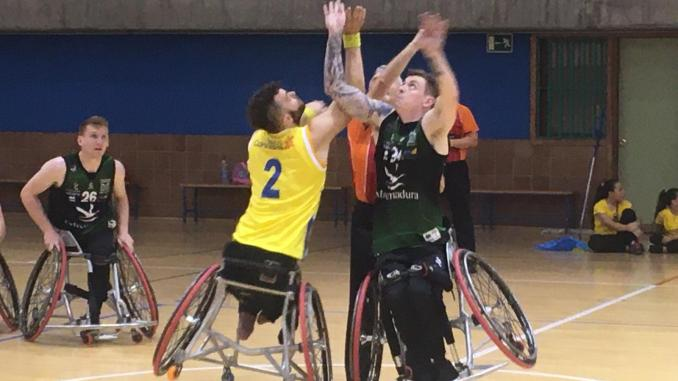 Primera victoria del Mideba Extremadura en un partido de infarto