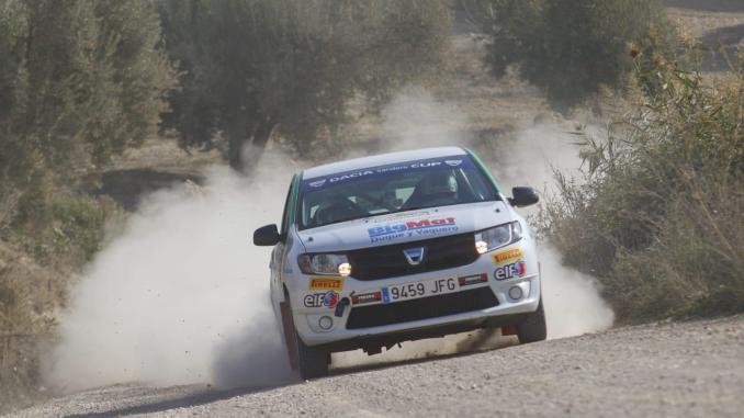 Hernández y Gil cuartos en Granada en la Dacia Sandero