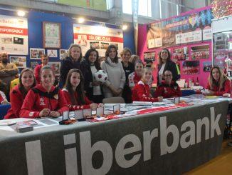 Las jugadoras del Liberbank Santa Teresa Badajoz se divierten en Iberocio