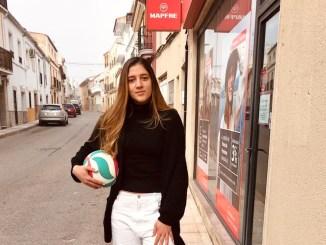 """Isabela Quiuqui: """"Es una temporada de transición, con muchas jugadoras jóvenes, pero creo que terminaremos arriba"""""""
