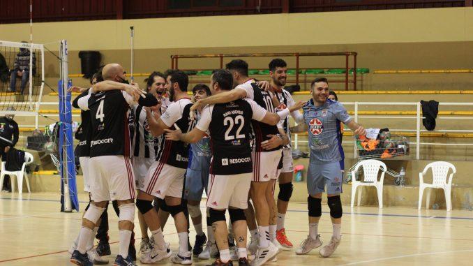 El CD Badajoz Extremadura de Superliga Masculina 2 derrota al líder Dumbría